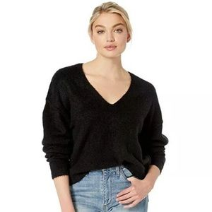 Free People Black fuzzy v-neck sweater size large